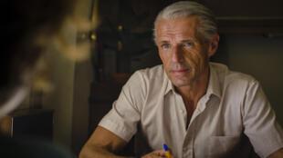 Lambert Wilson a perdu 10 kilos et passé son brevet de plongée pour construire son personnage de Jacques-Yves Cousteau.