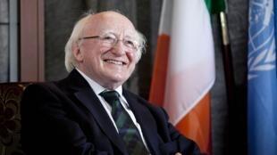 Michael D. Higgings actuyal presidente de Irlanda es el favorito para repetir el mandato.