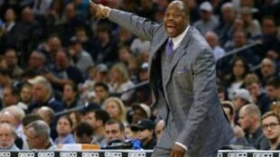 Patrick Ewing, emblema de los New York Knicks y actual entrenador de la universidad de Georgetown, anunció este viernes que contrajo el coronavirus.