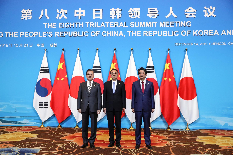 中日韩第八届首脑会议在成都召开2019年12月24日