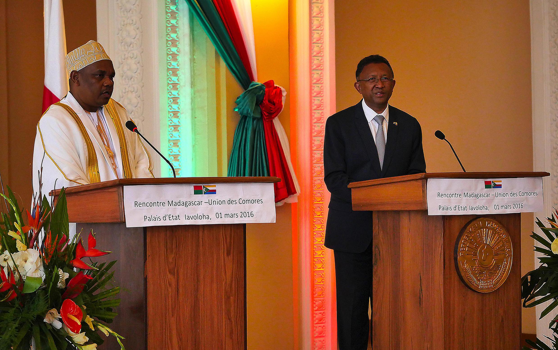 Le président des Comores, Ikililou Dhoinine a rendu visite à son homologue malgache Hery Rajaonarimampianina, le 1er mars.