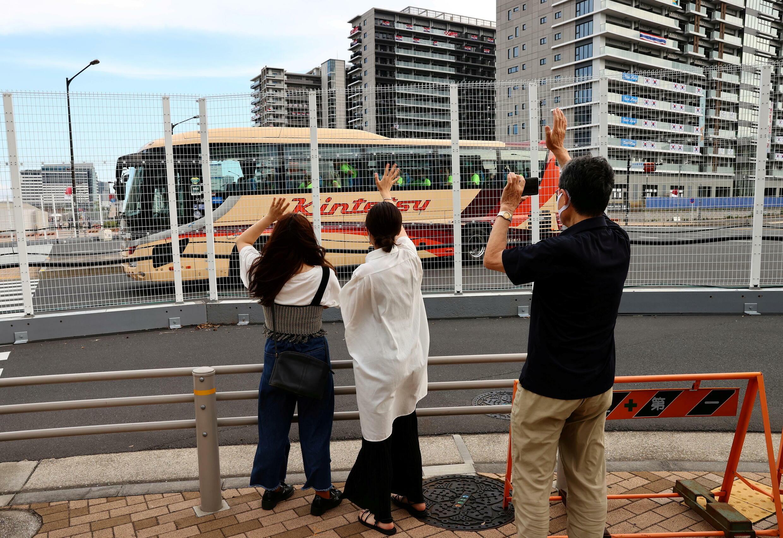 日本東京奧運村外的民眾