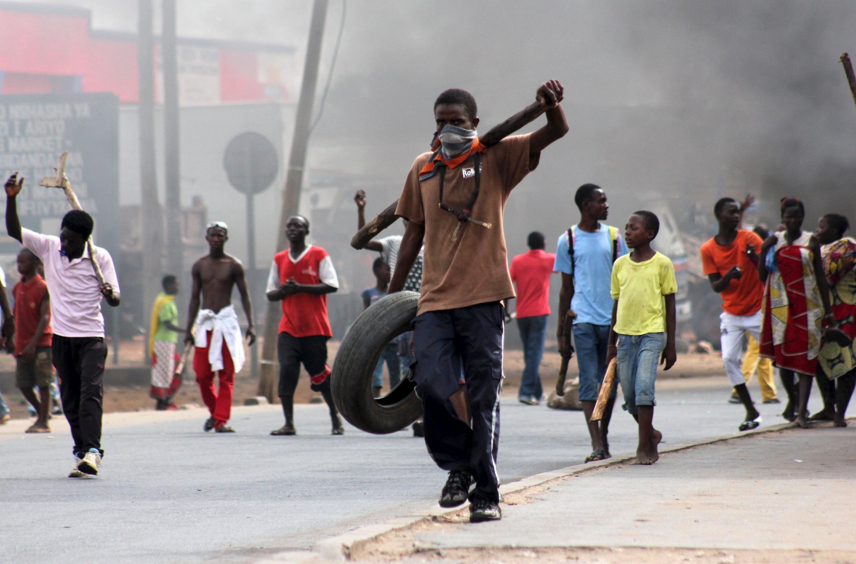 Maandamano ya kupinga uamuzi wa raisi wa Burundi kuwania muhula wa tatu wa uongozi