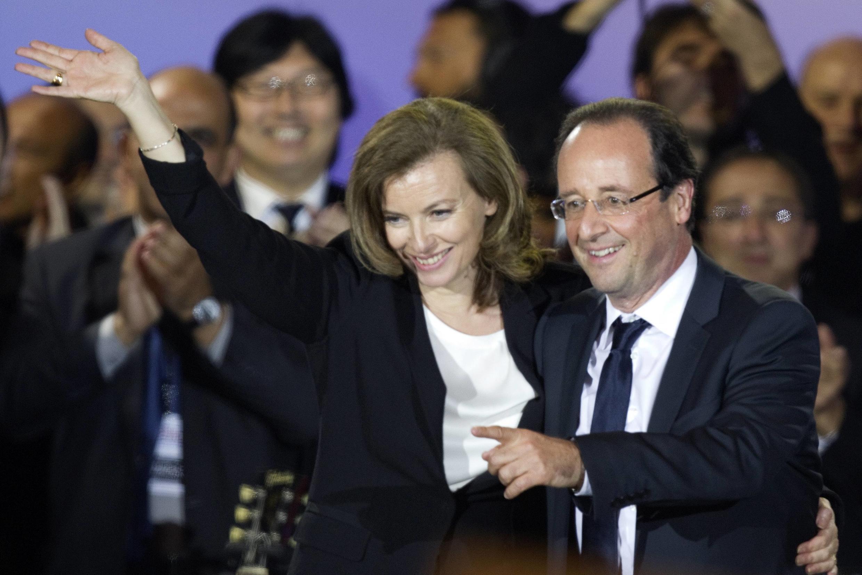 Валери Триервейлер в вечер празднования избрания Франсуа Олланда президентом Франции на пл. Бастилии в Париже 7 мая 2012