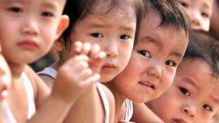 中國新生兒性別比例嚴重失調