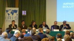 Hội thảo về Biển Đông tại Maison de la Chimie, Paris ngày 16/10/2012.