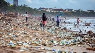 Beach pollution at Kuta beach, Bali