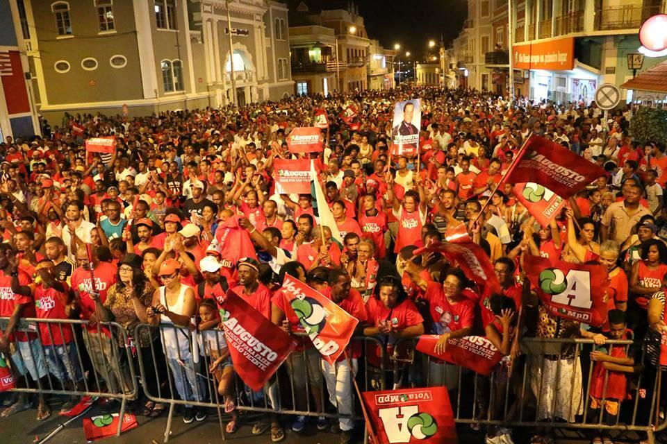 Comício MpD na emblemática Rua de Lisboa, em São Vicente