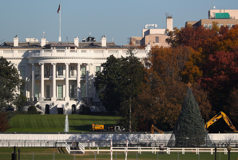 2020-11-10T145325Z_418085898_RC2E0K900PWG_RTRMADP_3_USA-ELECTION-TRUMP