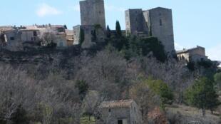 O Castelo de Caseneuve, sudeste da França