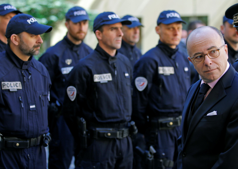 Bernard Cazeneuve teme ataques terroristas durante o grande evento esportivo do ano na França.