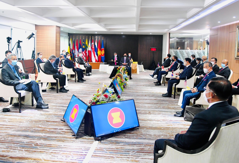 2021-04-24T090649Z_1913460881_RC292N9K6RNA_RTRMADP_3_MYANMAR-POLITICS-ASEAN