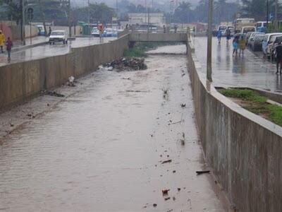 Luanda assolada por chuvas torrenciais