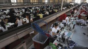 Một xưởng may mặc tại tỉnh An Huy, miền đông Trung Quốc.