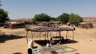 Les étales du marché de Djabal sont presque vides, Goz Beïda, décembre 2018.