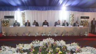 L'ouverture officielle du dialogue national politique inter-congolais, à la Cité de l'OUA à Kinshasa, présidée par la Facilitateur de l'Union africaine Edem Kodjo.