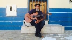 O músico Kaká Barbosa