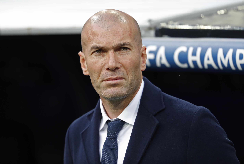 Zinedine Zidane criticou comentários do presidente François Hollande em 17 de outubro de 2016