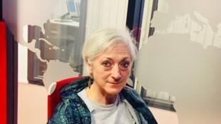 La romancière française Sylvie Germain en studio à RFI (mai 2019).