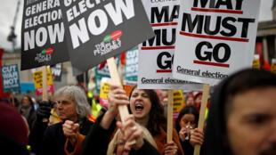 Người dân Anh biểu tình chống Brexit tại trung tâm thủ đô Luân Đôn, ngày 12/01/2019.