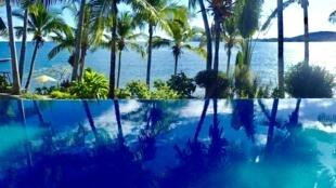 Piscine d'un hôtel de luxe à Nosy Bé à Madagascar.