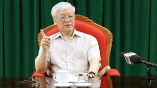 Tổng bí thư, chủ tịch nước Việt Nam Nguyễn Phú Trọng chủ trì một cuộc họp các lãnh đạo chủ chốt Việt Nam, ngày 14/05/2019.