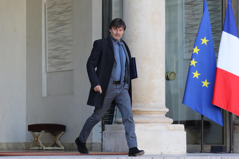 Le ministre de la Transition écologique et solidaire, Nicolas Hulot, à la sortie du Conseil des ministres, à l'Elysée, le 22 novembre 2017.