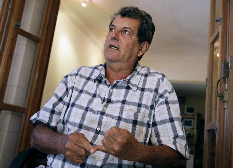 Nhà ly khai Oswaldo Paya trong cuộc trả lời phỏng vấn Reuters, tại La Habana, Cuba, 08/09/2010