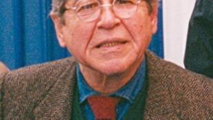 Alfredo Bryce Echenique durante una conferencia en Lima, Perú, en 2005.