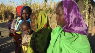 Cette femme du village de Guilané avait confié 2 de ses 8 enfants à l'Arche de Zoé.