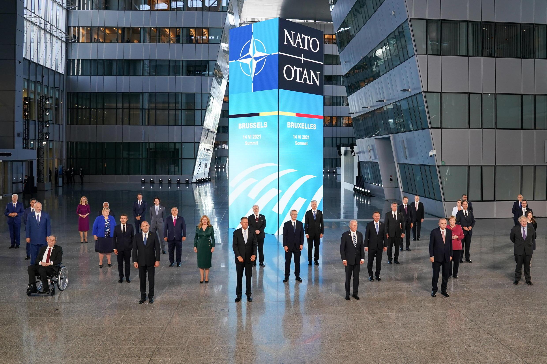 北约峰会与会领导人资料图片