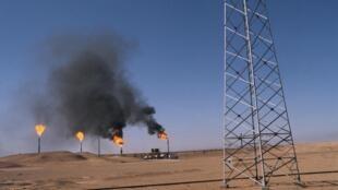 Puits de pétrole en Algérie.