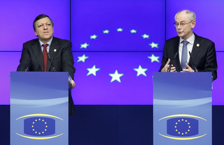 លោក Barroso ប្រធានគណៈកម្មការអឺរ៉ុប និងលោក Van Rompuy ប្រធានសហភាពអឺរ៉ុប
