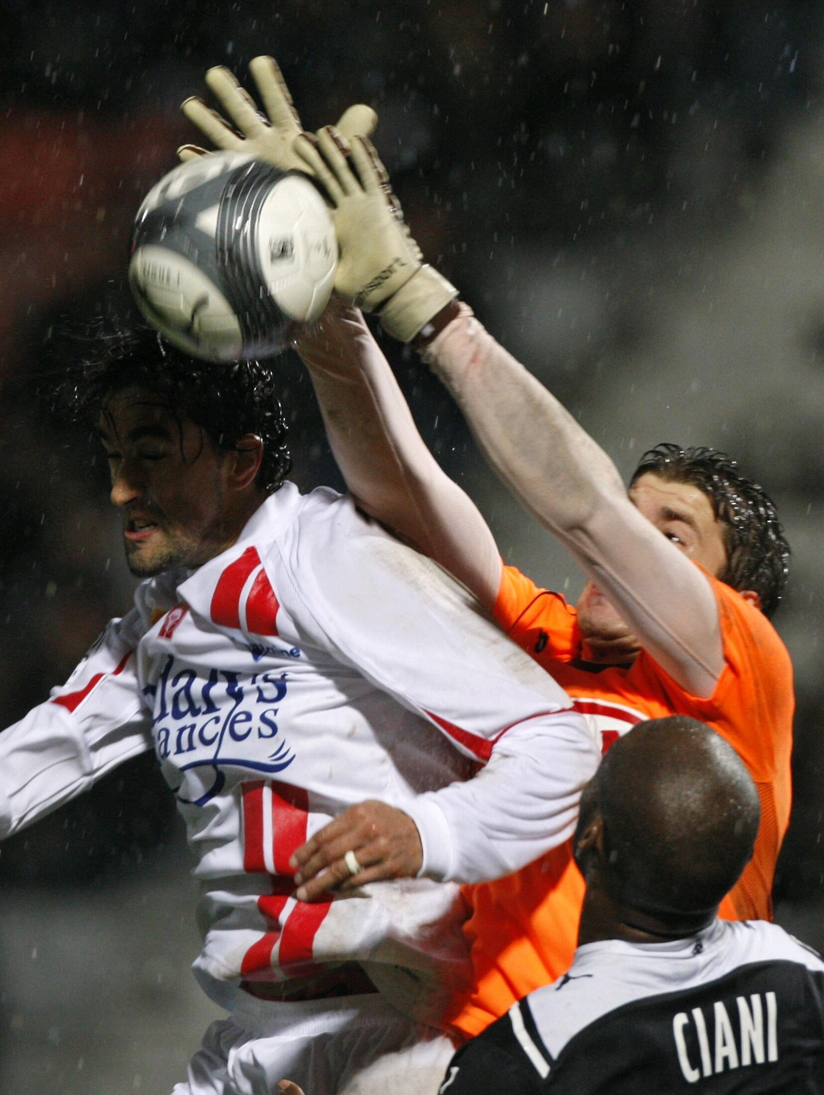 Youssouf Hadji impuissant face à Bordeaux.