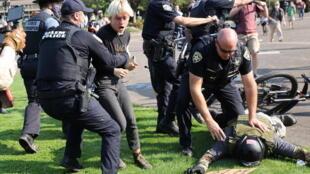 États-Unis - élection - Oregon - Black Lives Matter - policiers