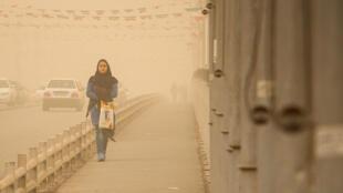 گرد و غبار در هوای اهواز
