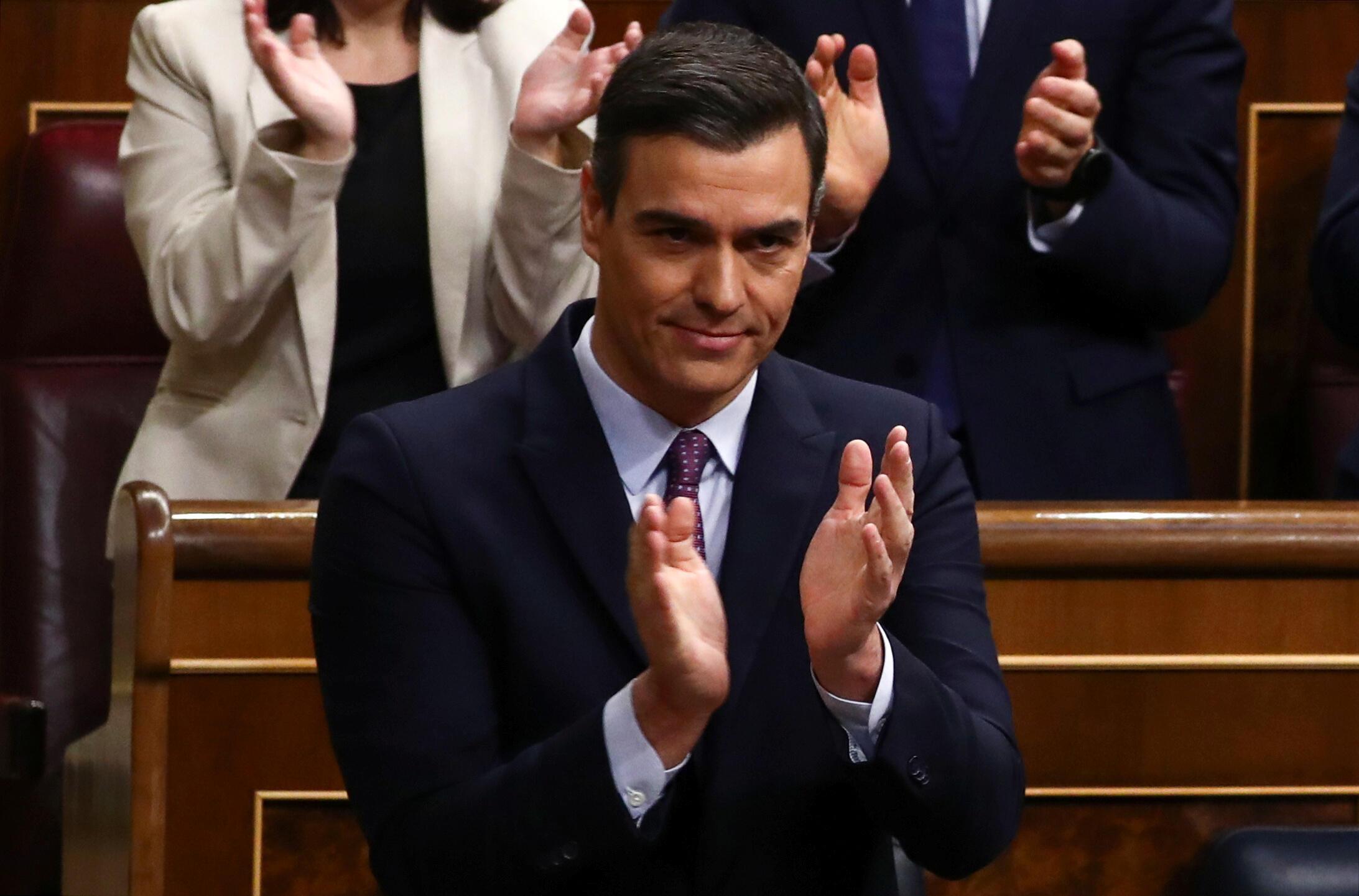 Новоизбранный премьер-министр Испании Педро Санчес