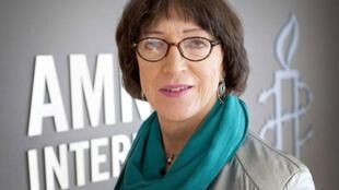 John Jeannette, la voix des Transgenres d'Europe, s'est toujours sentie femme mais elle a attendu 61 ans pour le devenir aux yeux de tous.