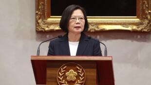 台湾总统蔡英文就与所罗门断交发表讲话:面对中国霸淩,台湾不会屈服。