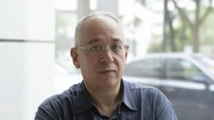 """O sociólogo francês Bernard Lahire, autor do livro """"Enfance de Classes"""", publicado em agosto"""