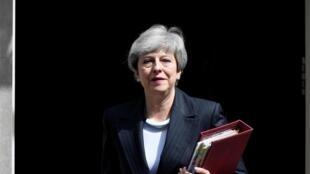 Thủ tướng Anh Theresa May trước trụ sở chính phủ số 10 phố Downing, Luân Đôn ngày 22/05/2019.
