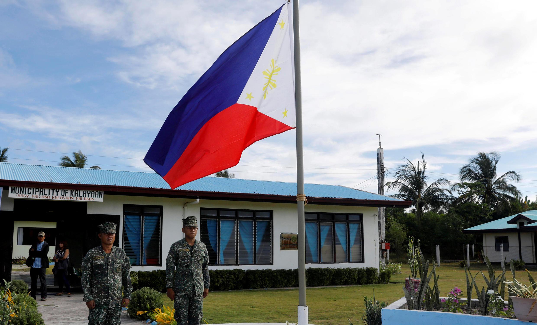 Quân đội Phillipines đóng trên đảo Thị Tứ (Thitu/Pag Asa) mà Việt Nam đòi chủ quyền. Ảnh chụp ngày 21/04/2017.