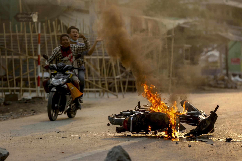 Birmanie- manifestation anti coup d'État