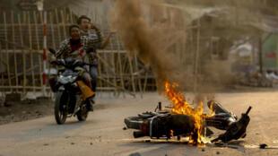 Des entreprises mettent fin à leurs activités sur le sol birman où la répression de la contestation par la junte militaire au pouvoir a fait plus de 520 morts (image d'illustration).