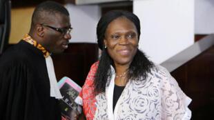 A droite, Simone Gbagbo.