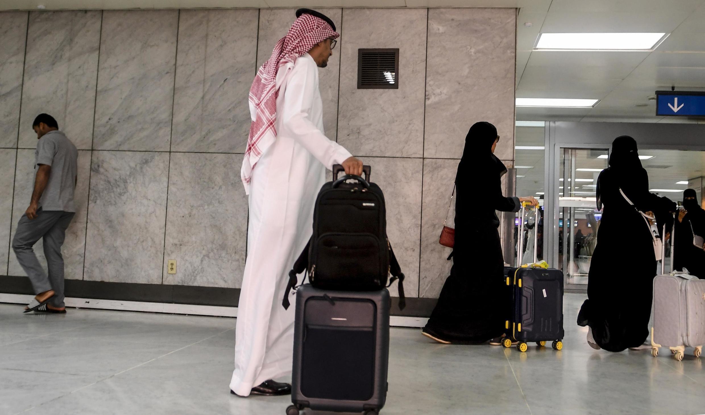 Casais estrangeiros que não são casados poderão dividir quarto de hotel na Arábia Saudita