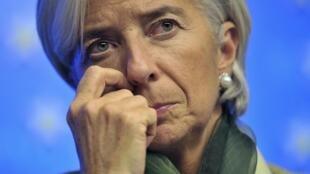 Christine Lagarde dijo que Europa se rezaga en crecimiento, mientras que Estados Unidos sigue recuperándose.