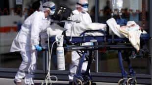 À l'Hôpital universitaire de Strasbourg, en mars 2020.