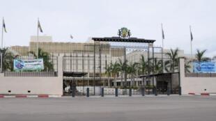 Le palais présidentiel de Libreville (image d'illustration). Dans le pays, le ministère de la Communication est monté au créneau suite à la diffusion de chansons et clips vidéos jugés obscènes.