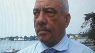 Presidente do PCD, em S. Tomé e Príncipe, foto da Tela Non, com a devida vénia.